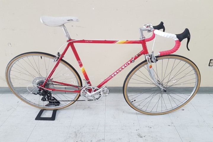 Classic Peugoet U014 Road Bicycle